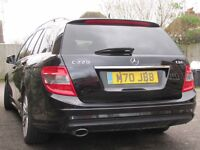 Mercedes Benz Estate C220 Automatic Black with new MOT