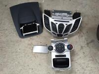 Ford Fiesta CD player head unit with screen