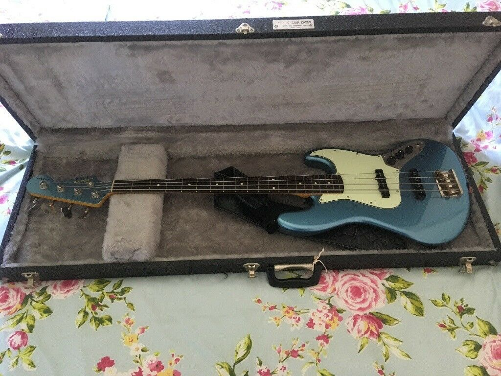 2cf78a84b1a Bass Guitar Hard Case. Fender Jazz Precision Jazzmaster Vintage Flight Hardcase  Gigbag Gig Bag P