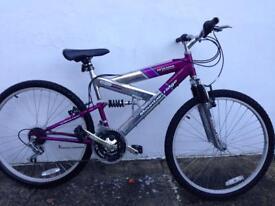 Girls / ladies mountain bike