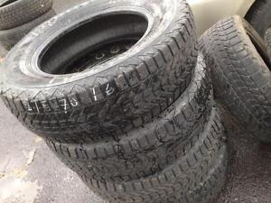 4 firestone winter tires:215/70R16