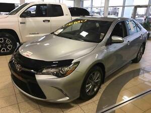 2016 Toyota Camry DÉMO SE