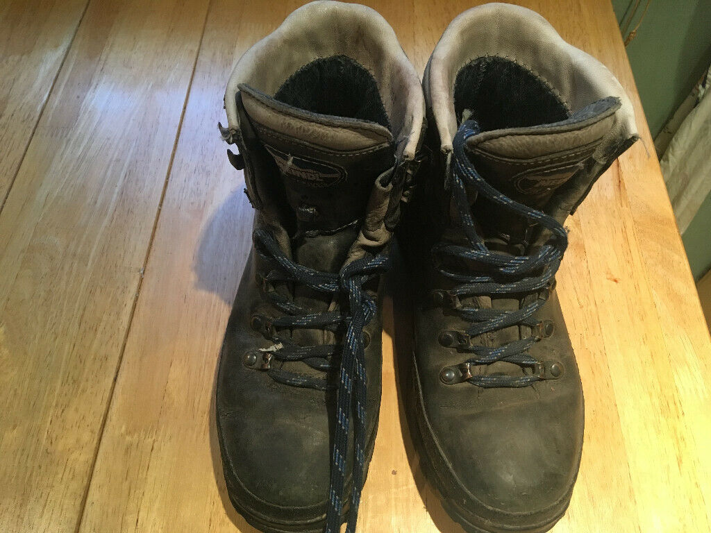 15834af6b24 Meindl Used Women's Leather Walking Boots with new Vibram Sole Size 5 | in  Hackney, London | Gumtree