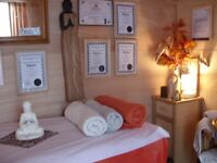 Massage in Aromatherapy. Indian Head and Neck. Master in REIKI Healing 18 years experience MGHT BSYA