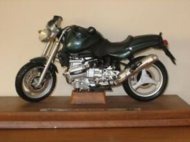 model bmw motor bike