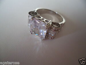 Antique vintage Art Deco White Gold Ring with large Sapphire White stone size 6