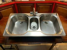 Franke kitchen sink (2.5 basin)