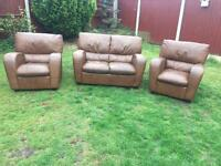 3 piece sofa suite sofa & armchairs all in great condition can deliver today 🚛💨💨💨