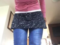Dark jeans black /white speckled mini skirt