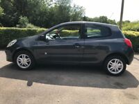 Renault Clio 1.2 expression 2005/55 NEW SHAPE very low mileage,very reliable,p-ex welcome