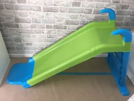Kids slide and trampoline, good condition