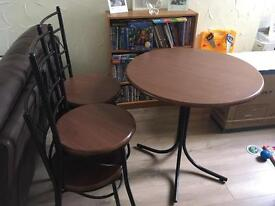 Round table and 4 chairs- Caerphilly town centre *reduced*