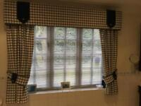 Navy and cream check curtains fully lined and padded pelmet !! Plus 2 free cushions covers