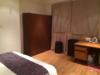 DOUBLE ROOM TO RENT AVAILABLE IN ZONE 2 - DLR JUBILEE SOUTHEASTERN