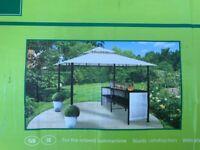 Garden line bar gazebo