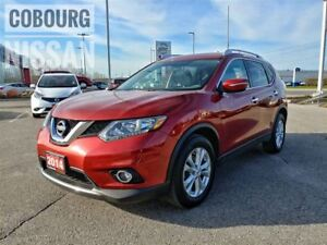 2014 Nissan Rogue SV Panoramic Sunroof  FREE Delivery