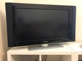"""32"""" TV Phillips in excellent condition -£50.00"""