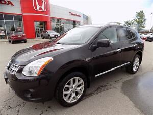 2012 Nissan Rogue SL... LEATHER... MOONROOF