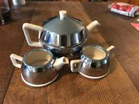 Beautiful Vintage Everhot Teaset