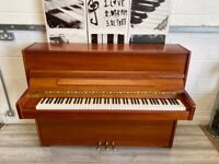 🎵🎹***CAN DELIVER small MODERN UPRIGHT PIANO CAN DELIVER**🎹🎵