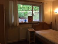 large room to rent, 20 mins walk along river to the centre of town . Bills included 100pw