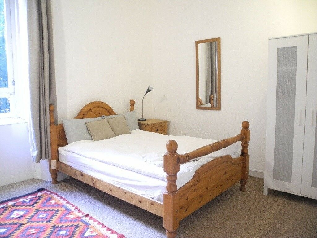 Beautiful double room on Leith Walk from Dec/Jan