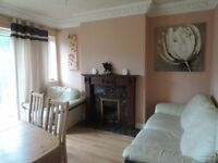 A small single bed room full furnished £ 210 all exp in no bond including cleaning/gardening