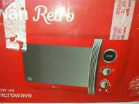 Swan retro red microwave
