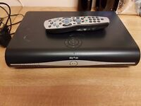 SKY + HD BOX & REMOTE