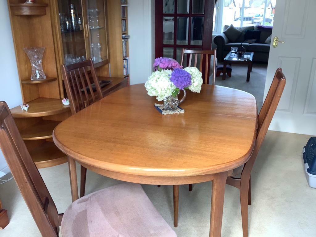 Tremendous Retro 1970S Dining Table And Chairs In Paisley Renfrewshire Gumtree Cjindustries Chair Design For Home Cjindustriesco
