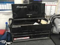 Snap on tool box (top box) in black