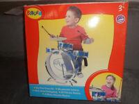 Baby drum set from Bruin