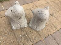 2x elephant garden ornaments/ door stops (concrete)