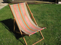 TRADITIONAL CANVAS DECK CHAIR