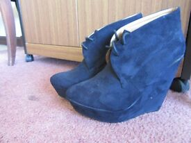 Women's Black Wedge Boots