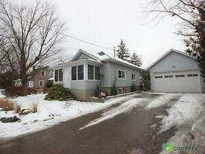 $429,000 - Bungalow for sale in Rockwood
