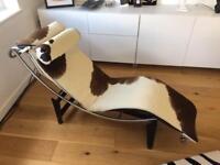 Le Corbusier replica chaise longue