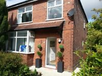Cosy Double in friendly refurbished house with low deposit & all bills included - Available Now