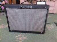 Fender Hot Rod Deluxe 40w Valve Amplifier with Footswitch