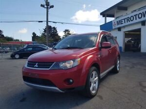 2009 Mitsubishi Outlander XLS; Bluetooth, Leather, 7 seater