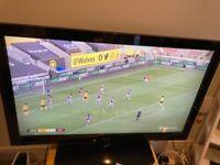 TV 40 inch Technika