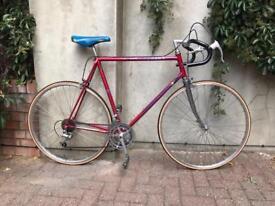 Vintage Reynolds 531 Peugeot road racing touring city bike