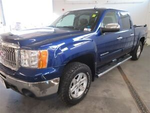 2012 GMC Sierra 1500 SLE Crew Cab Short Box! 4x4! ALLOYS!