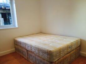 DOUBLE ROOMS TO LET....