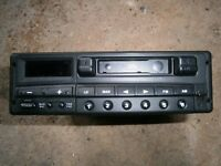 Land Rover stereo unit/receiver