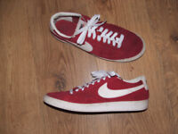 Nike 'Blazers': - Red suede low-top Trainers – Size UK9 (Eur44/US 10)