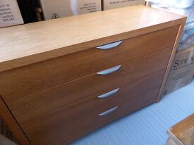 Large Contemporary 4 Drawer Chest of Drawers, Blanket Chest, Sideboard in Oak