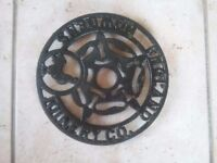 Howdens Joinery Co England Cast Iron Trivet