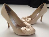 Red Herring Special Edition Wedding Shoes. Size 6.
