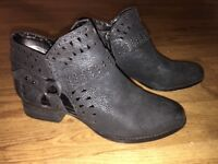 Vince Camuto Short Boots